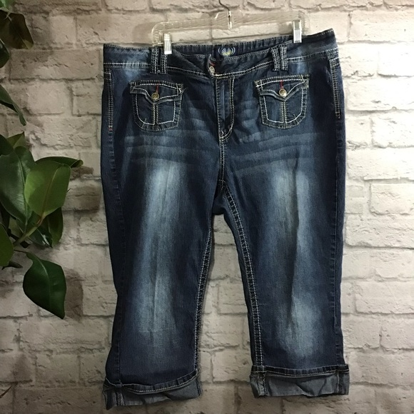Angels Denim - 🌻 SALE! 3/$20 Angels blue cropped size 24W jeans